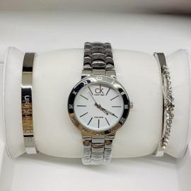 Наручные часы Calvin Klein И ДВА МЕТАЛЛИЧЕСКИХ БРАСЛЕТА CWC836