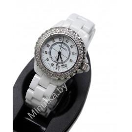 Женские наручные часы Chanel J12 CWC072
