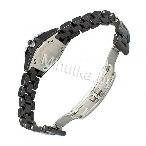 Женские наручные часы Chanel J12 CWC073