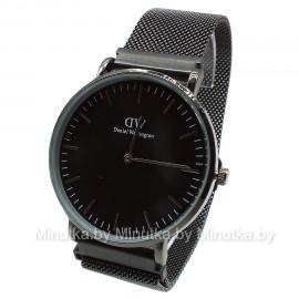 Мужские наручные часы на черном браслете Daniel Wellington CWC578