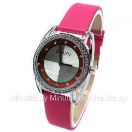 Женские наручные часы Gucci CWC634