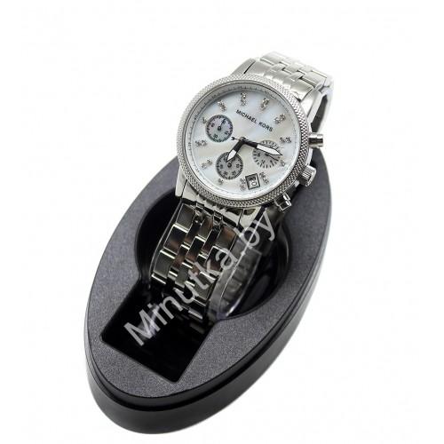 Женские наручные часы Michael Kors CWC988
