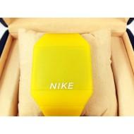 Электронные часы Nike Touch Screen CWS100
