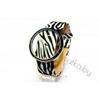 Женские наручные часы Calvin Klein Glam CWC896
