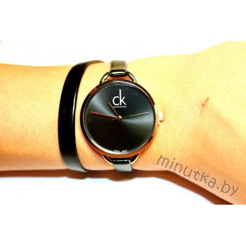 Часы с двойным ремнем Calvin Klein CWD040
